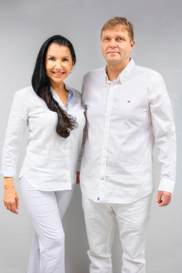Dr. Ana Harder und Prof. Dr. Hermann Harder